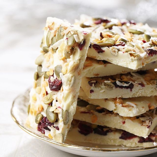 White Chocolate Lentil Bark // @prettyprovident. Find this #recipe and more on our Healthy Kids https://feedfeed.info/healthy-kids-recipes?img=1299435 #feedfeed