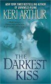 The Darkest Kiss (Riley Jenson Guardian Series #6)
