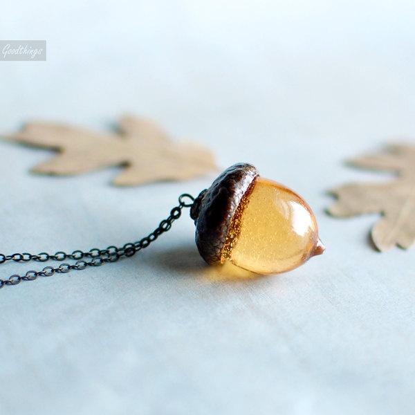 Woodland Amber Acorn Autumn Necklace.Fall jewelry- botanical resin jewelry. $30.00, via Etsy.
