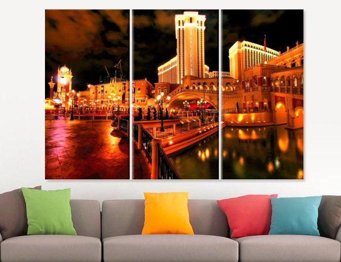 Las Vegas Venice Hotel Canvas Print Las Vegas Wall Art Vegas Etsy Venice Hotels Canvas Prints Canvas Set