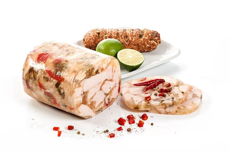 Mięso z piersi kurczaka w galarecie z bulionem