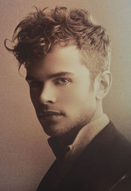 Frisuren Männer Locken Kurz Frisuren Männer Pinterest Curly