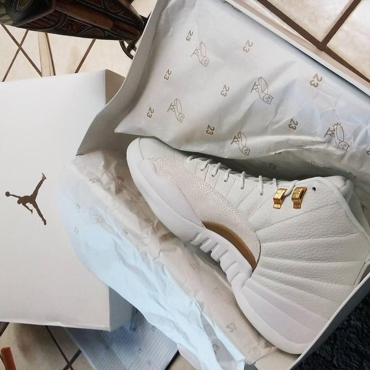 Air Jordan 12 Ovo Sneaker Sz 13 White Gold Athletic Shoes.