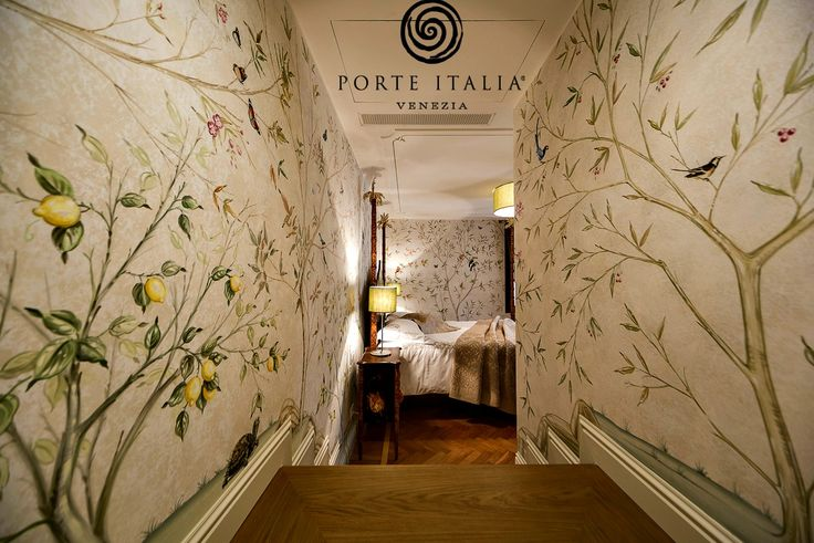 Our artists not only realize authentic painted furniture. They're also able to #decorate your entire room following your request!  With beautiful #frescos and #ceiling decorations! . . Learn more at www.porteitalia.com and contact us at info@porteitalia.com to receive our complete catalogue! . . #Italianfurniture #paintedfurniture #handmade #handpainted #luxuryhome #luxuryfurniture #luxuryhotels #art #bespokefurniture #veranda #ad #isaloni #interiordesign #homedecor #bedroomfurniture…