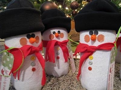 Snowmen made out of 2 liter soda bottles