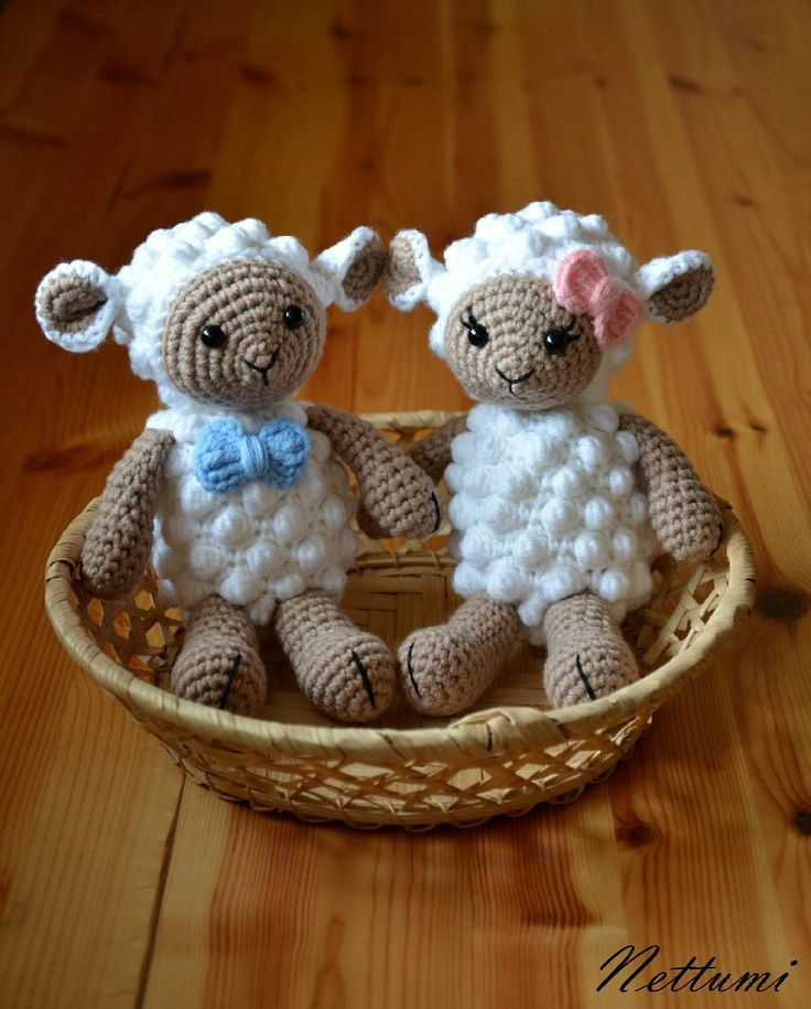 """7 kedvelés, 1 hozzászólás – Anett (@nettumi) Instagram-hozzászólása: """"#amigurumi #amigurumisheep #amigurumilamb #amigurumitoy #crochet #handmade #horgolt #horgoltbárány"""""""