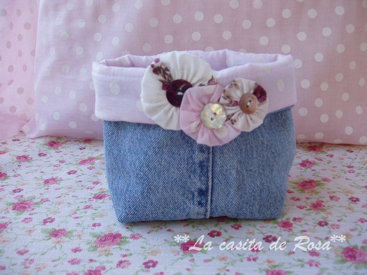 How to make a toiletry bag and fabric basket from denim jeans ~ The cottage Rosa