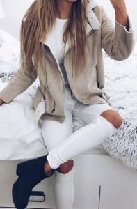 #winter #fashion / cream shearling jacket + booties