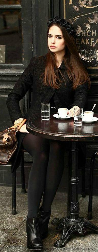 ☞ c a f e  s o c i a l {Coffee tea coffee tea or me〰} Cafe St Regis, Paris | Parisienne Chic.