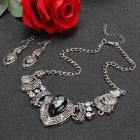 Heta mode halsband hjärta kärlek mönster hänge Bib Choker Halsband Örhängen Set