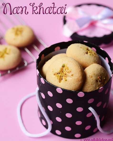 Nan khatai recipe - The Indian cookie for Diwali, perfect for gifting! step by step picture recipe!
