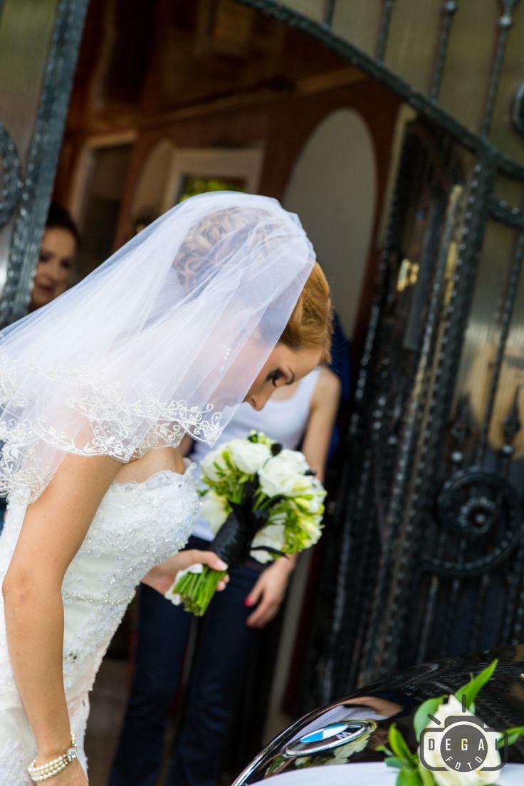Vom fi alaturi de tine pas cu pas pe tot parcursul acestui fericit eveniment: http://www.degalfoto.ro #degalfoto, #fotografdenunta, #nuntasieveniment