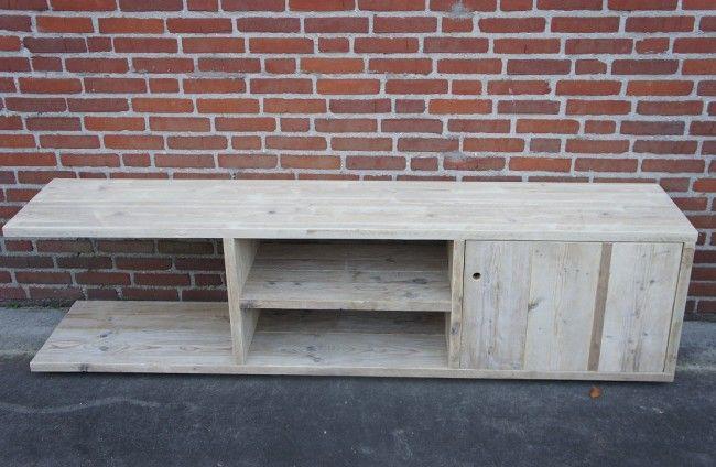 Steigerhout tv meubel 'ForMa' by Livengo.nl. Scafold tv furniture 'ForMa' by Livengo.nl.