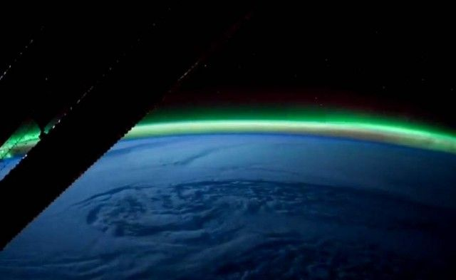 Earth IlluminatedAwesome Universe, Stunning Time Lap, Northern Lights, Time Lap Photography, Planets Earth, Magnificent View, Earth Illuminated, Outer Spaces, Amazing Planets