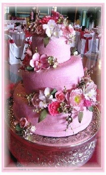 Fall Spring Summer Winter Pink Silver Multi-shape Round Wedding Cakes Photos & Pictures - WeddingWire.com
