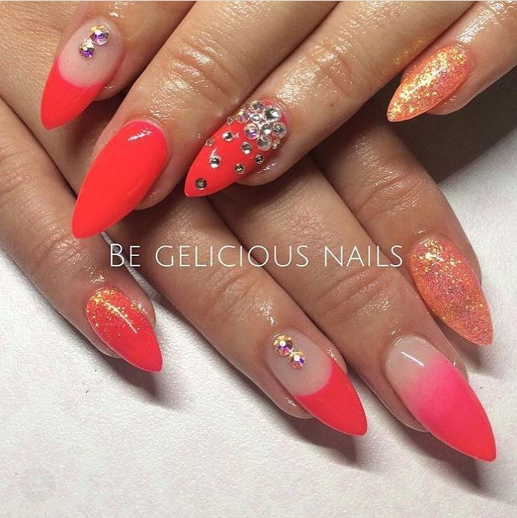 Tangy Cherry Pachion ombré nail, French mani and glitter combo @begeliciousnails @prostylegel