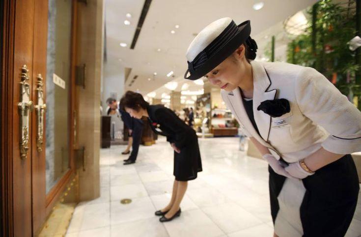 Si por algo destaca Japón es por la extrema hospitalidad de sus gentes, sobre todo en servicios públicos.