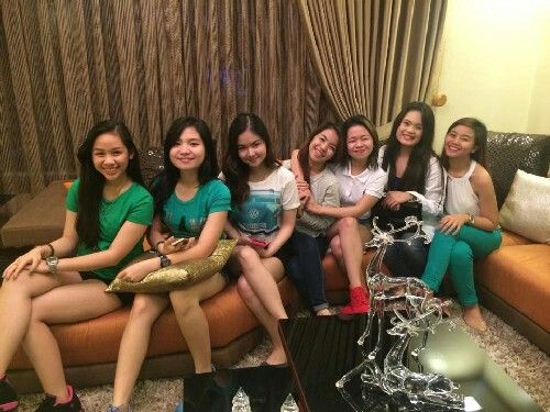 These are the alumni and the original cast of Goin' Bulilit who are now grown-up girls smiling for the camera during the Christmas party and reunion of the original cast and alumni of Goin' Bulilit at Direk Edgar Mortiz's house in Quezon City last December 2014. Indeed, they're another of my favourite Kapamilyas, and they're amazing Star Magic talents. #SharleneSanPedro #MilesOcampo #GoinBulilit #GoinBulilitGraduates