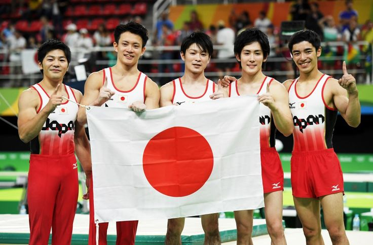 リオ五輪第3日。男子体操。内村航平、悲願の団体金メダル=ブラジル・リオデジャネイロ