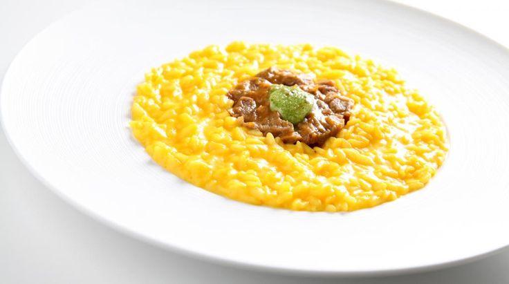 Risotto alla Milanese, ossobuco e gremolata di Panettone Loison al Mandarino Tardivo di Ciaculli | Ricetta di chef Danilo Angè || #ricette #InsolitoPanettone