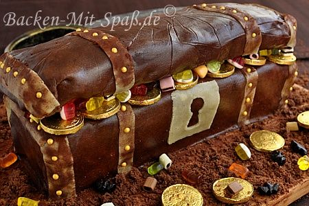 Torte Schatztruhe