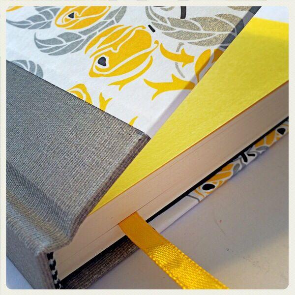 Cuaderno MOW tapa forrada en papel y tela para encuadernar. 100 hojas papel hueso. Encaraga el tuyo!