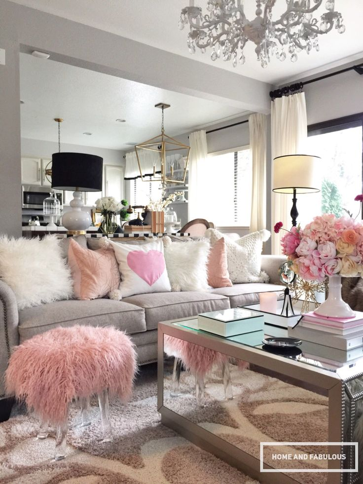 Isn't this pink furry bench from Home Goods to die for?! It's - 25+ Best Ideas About Home Goods On Pinterest Home Goods Decor