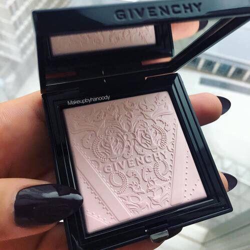 Givenchy powder…