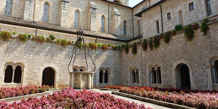 Visita la Abadía Casamari, en Lazio - http://www.absolutitalia.com/visita-la-abadia-casamari-en-lazio/
