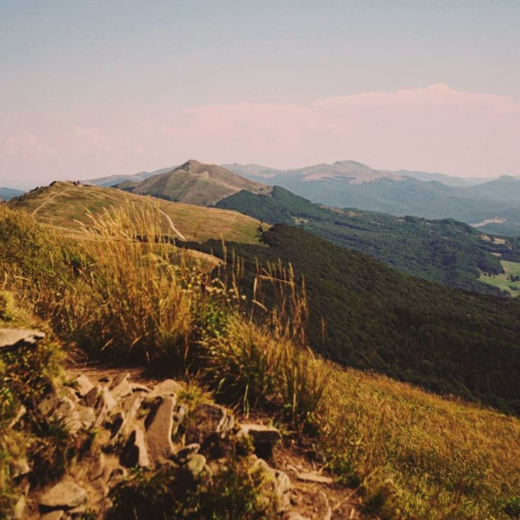 #bieszczady #poloniny  #travel #trip #mountains #poland #landscape #photography #holiday #nature #summer http://www.madziala.pl