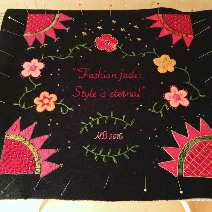 Embroidery that shall be a pillow Broderi uppspänt inför montering #embroidery #broderi #yllebroderi