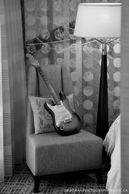 Fender Strat - Black & White