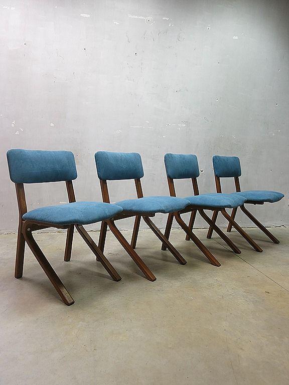 Vintage design eetkamerstoelen Deense stijl, vintage design dinner chairs mid century Danish design