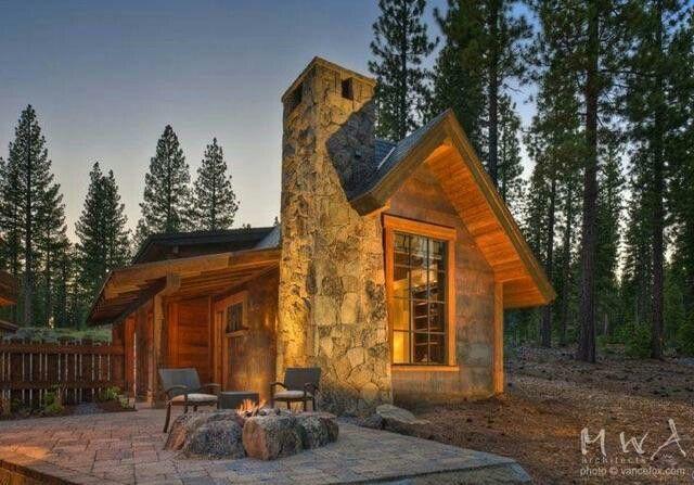 Beautiful log cabin #loghomes