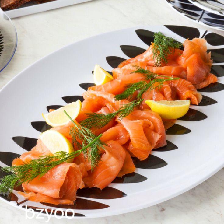 Salmon platter #bzyoo #black #white #decor #homedecor #style #design