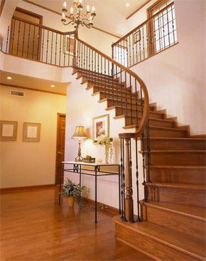 サーキュラー階段 | 住まいの用語集 | 輸入住宅【ミルクリーク】の東急ホームズ