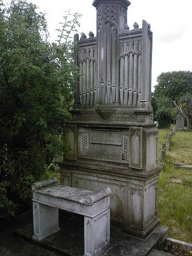 Absolutely amazing Organ grave monument. Not sure of the location.