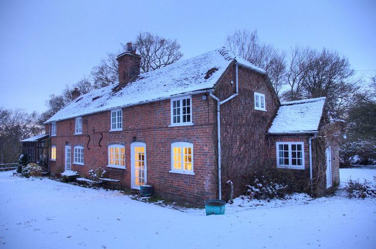 English country cottage in the snow Photo - Visual Hunt