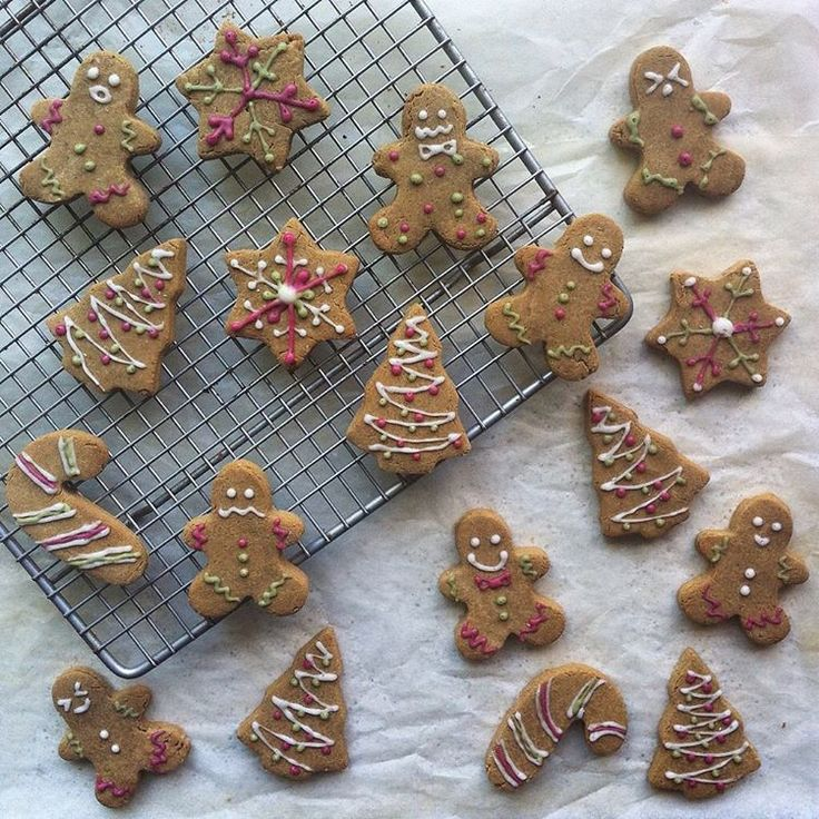 homemade gingerbread cookies decorated with royal icing ~ vegan & gluten free! Full recipe on my blog >> https://compassionateeats.wordpress.com/2016/01/30/gingerbread-cookies/