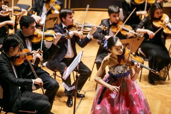 Op 14 december 2015 organiseert Sanitronics ten bate van SOS kinderdorpen een prachtig Kerstconcert in het Koninklijk Concertgebouw Amsterdam.  Wij hebben hiervoor het beroemde Zakhar Bron Chamber Orchestra uitgenodigd. Om 19.35 uur ontvangen wij u daarom graag in de foyers van de Kleine Zaal. Het concert vangt aan om 20.15 uur. Lees verder op http://eepurl.com/bEpy8z