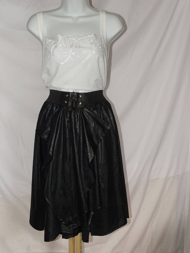 Quirky and fabulously made vintage black circle skirt with scalloped design edging on hem - reworked by Back2Theyesteryear on Etsy