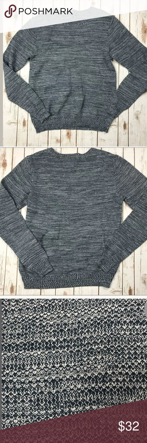 Slate & Stone Men's Linen Blend Sweater Slate & Stone Men's Linen Blend Blue Knit Long Sleeve Sweater SZ L  CONDITION: Pre Owned , Excellent Used Condition MEASUREMENTS are Approximate, laying flat & not stretched. 27.5 inches long-laying flat & not stretched 21.5 inches armpit to armpit- Laying flat & not stretched Slate & Stone Sweaters Crewneck