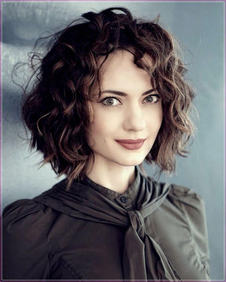 Short haircuts 2020: 50 photos