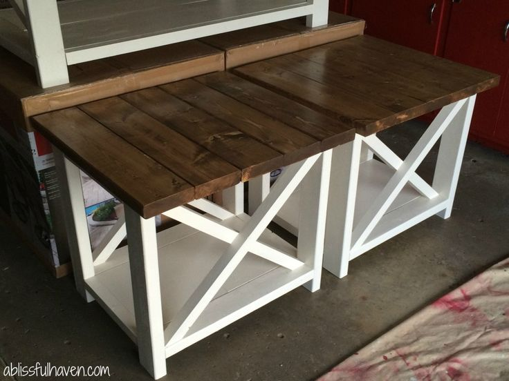 DIY Farmhouse End Table Maybe Make A Smaller Version To Use For Harl