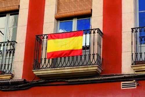 Bandera España sin escudo. Animar selección española de fútbol, mundial de Brasil. Dimensiones: 3,3x20,3x3,3 cm   Colores disponibles: Rojo [1,47 €] #articulosmerchandising # articulospublicitarios #reclamospublicitarios