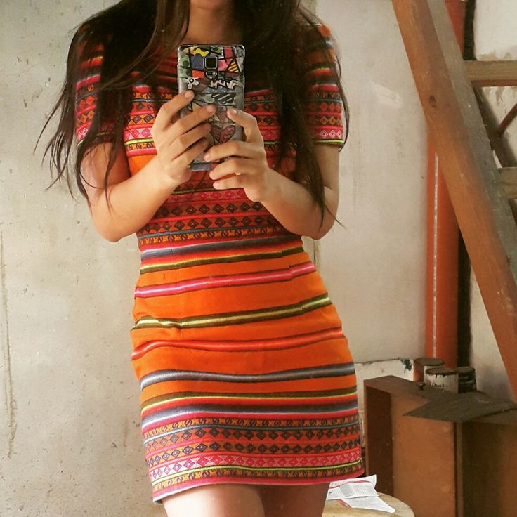 Vestido aguayo boliviano.  #YoDiseño