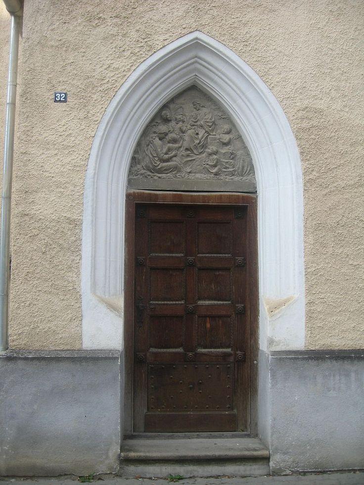 800px-Biserica_Sf._Johannis_din_Sibiu9.jpg (800×1067)