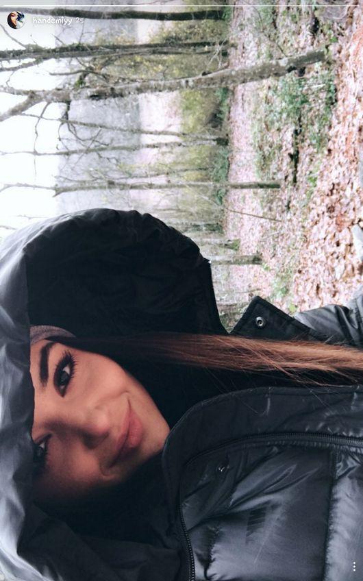 Yağmur bile sana yakışıyor #handeaşktır♥ Ba yı lı yo rum sana! :))