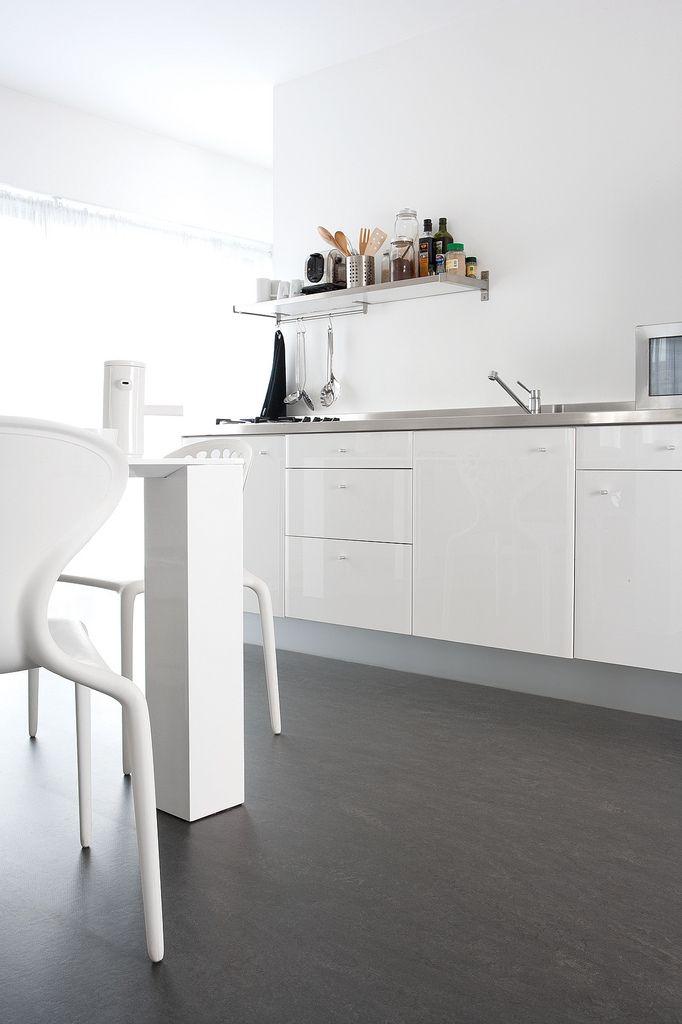 The 25 best linoleum flooring ideas on pinterest vinyl for Black lino kitchen flooring