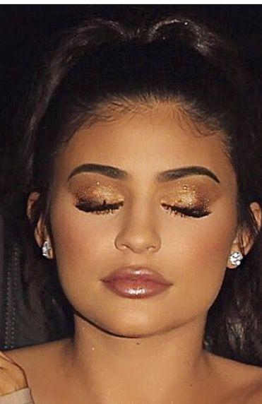 Kylie Jenner Gorgeous Makeup
